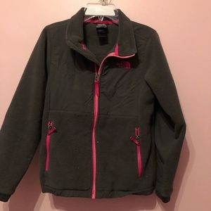 Girls Northface Denali jacket